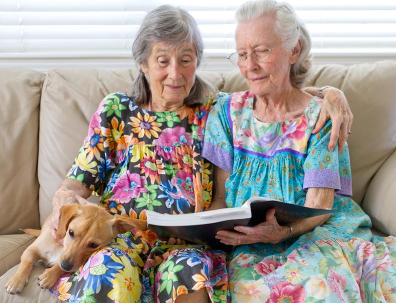 Большие груди пожилых голых бабушек фото
